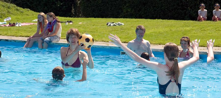 Normas de uso en piscinas de uso comunitario 1